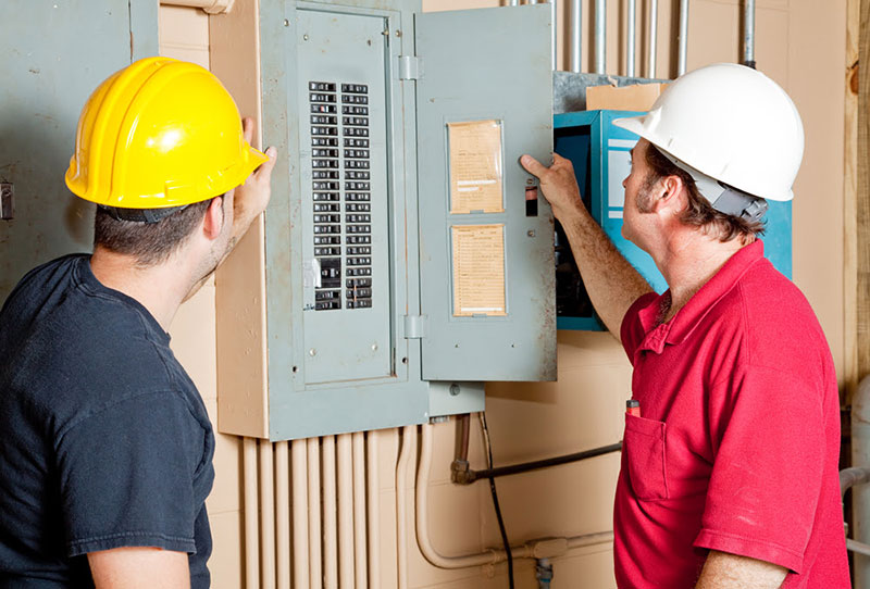 How to Reset and Remove a Circuit Breaker